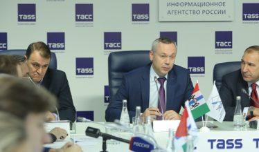Травников обсудил с новосибирскими строителями тенденции развития