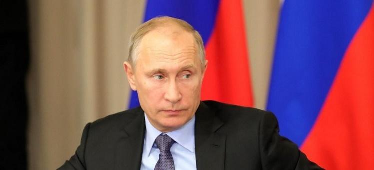 Путин призвал ускорить выдачу разрешений на строительство