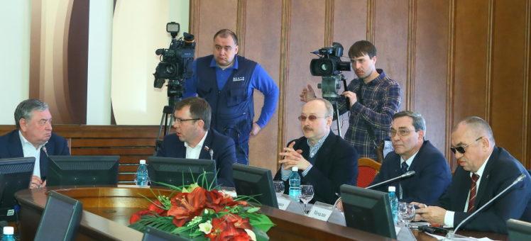 Под достройку проблемных объектов в Новосибирской области начнут выделять земельные участки без торгов!