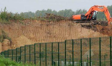 Девелоперы копаются в земле - владельцы участков отказались от спекуляций