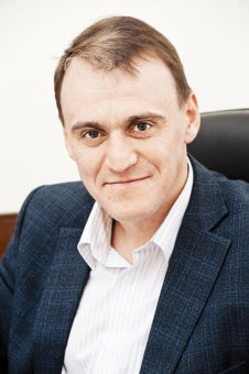 министр строительства в НСО Иван Шмидт