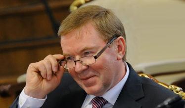 Заместитель начальника Департамента земельных и имущественных отношений Виктор Аверин