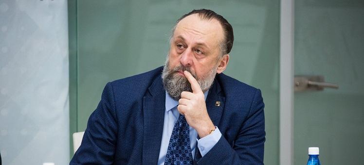 Александр Юрьевич Ложкин