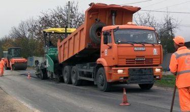 Кабмин разрешил строить часть дорог без обязательной документации
